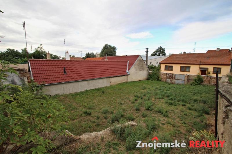 Stavební pozemek 1277 m2
