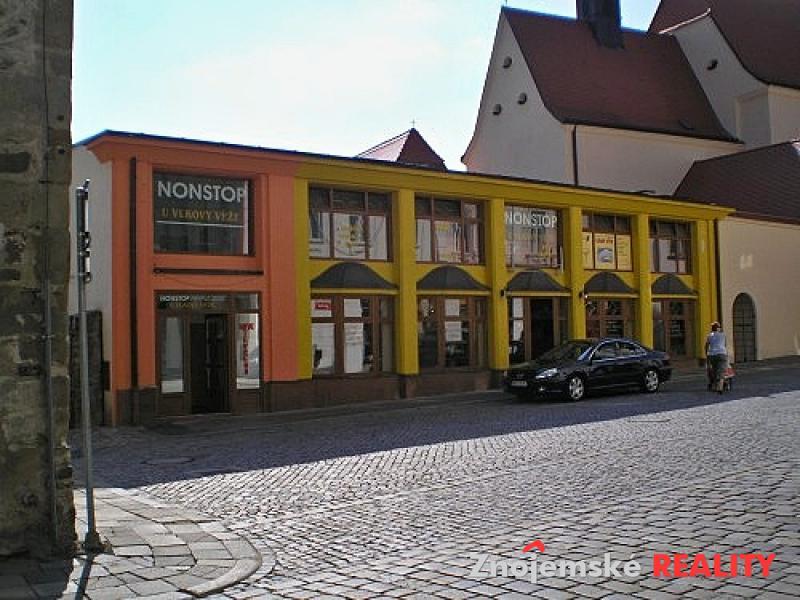 Komerční dům s restaurací