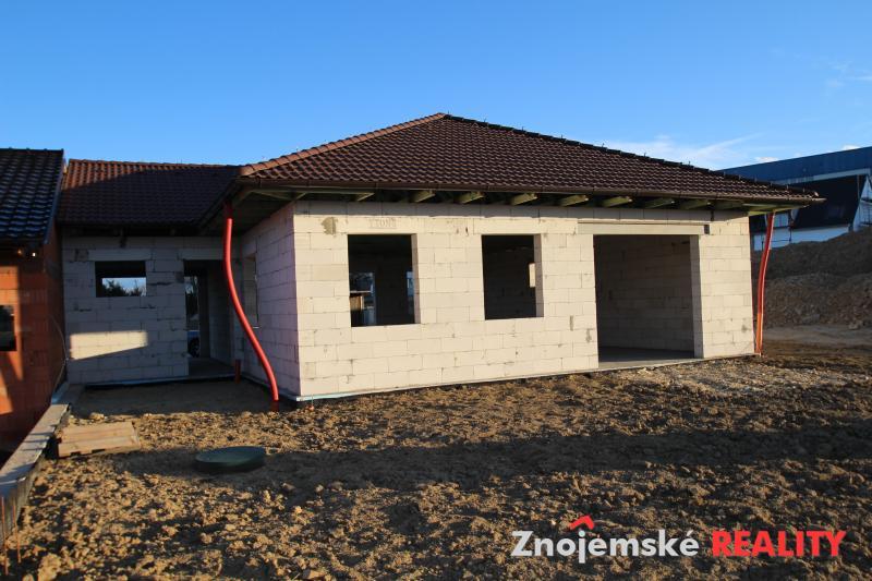 Prodej hrubé stavby RD 4+kk s garáží