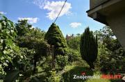 Prodej zahrady se dvěma chatami