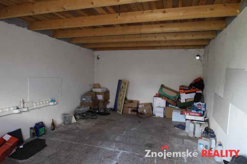 Prodej garáže a pozemku na stavbu garáže